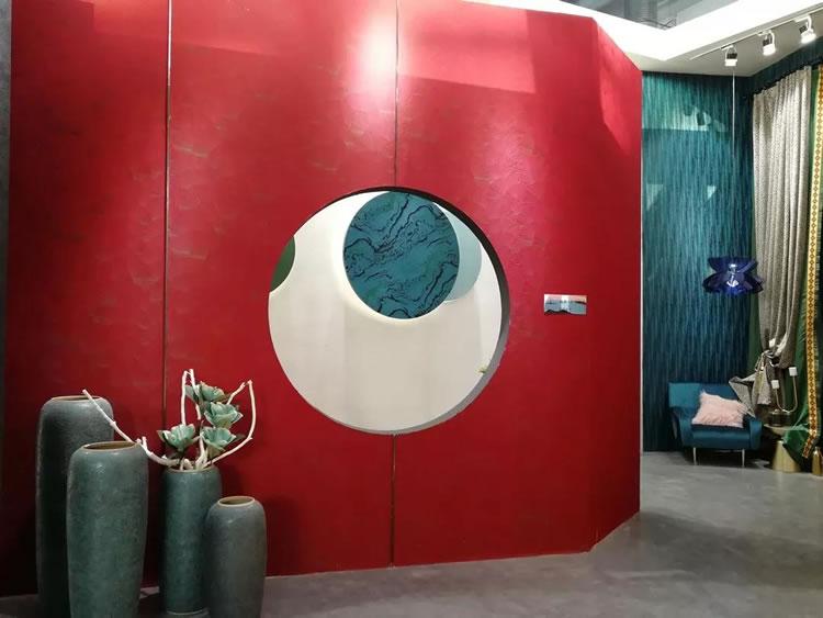 27届(北京)国际墙纸墙展览会铂顿·卡莎高端墙布成为了本届展会的焦点之一